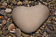 pedra-3-heart-shaped-stone-naturally-polished-color-rock-pebbles-background-41465304
