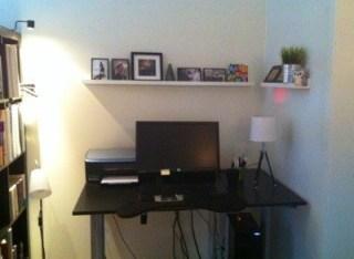 Mitt kontor är lite mer färdigt nu när tavellisterna är uppe!