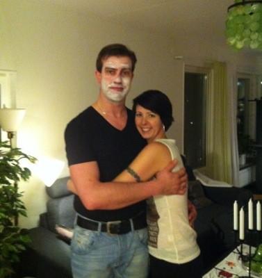 Arga Klara och E med ansiktsmask. Veckans plus!