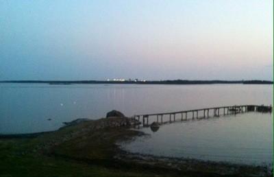 Oxelösunds järnverk, utsikt över hav och brygga