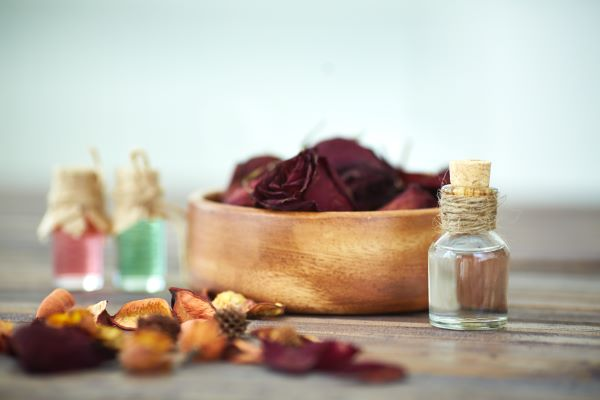 Frankincense Essential Oil- Uses and Benefits