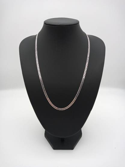 925 silver flat curb chain on stand