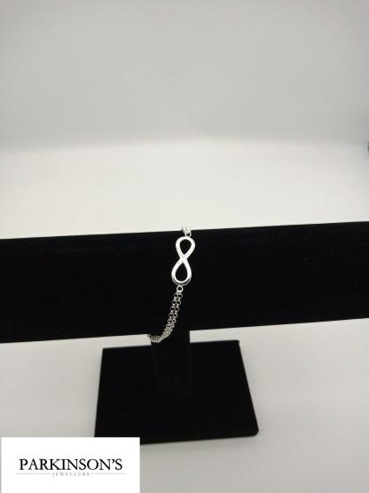 925 silver infinity bracelet on stand