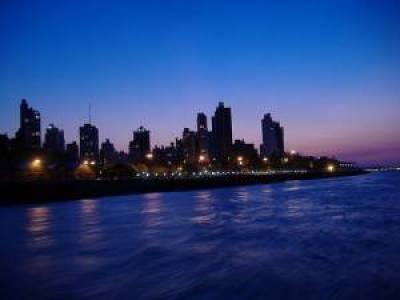 https://i0.wp.com/argentinastravel.com/wp-content/uploads/2008/03/rosario-skyline.thumbnail.jpg?resize=400%2C300