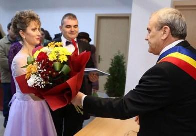 Mioveni: Căsătorii în noaptea de Revelion