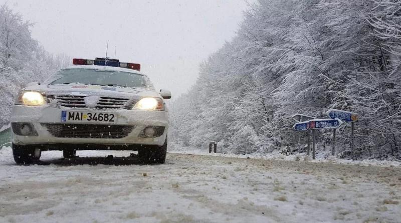 Politia-Conditii-de-Iarna