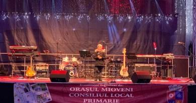 Live: Nicoleta Oancea&Band, Sandra N  și Randi&Band la Mioveni.