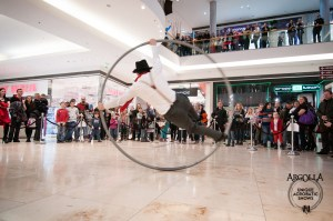 Acrobat in Cyr Wheel - Argolla Events and Entertainment