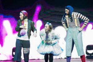 Argolla Wonderland - Acrobatic Show for Kids-Actors Funny