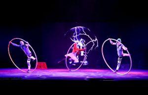 Argolla Wonderland - Acrobatic Show for Kids - Cyr Wheel Trio