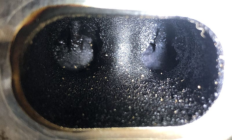 dirty valves before walnut blasting