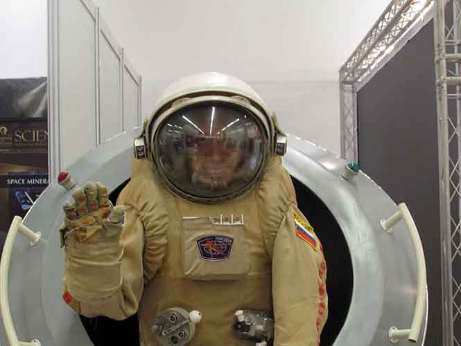 JOVEN NASA4