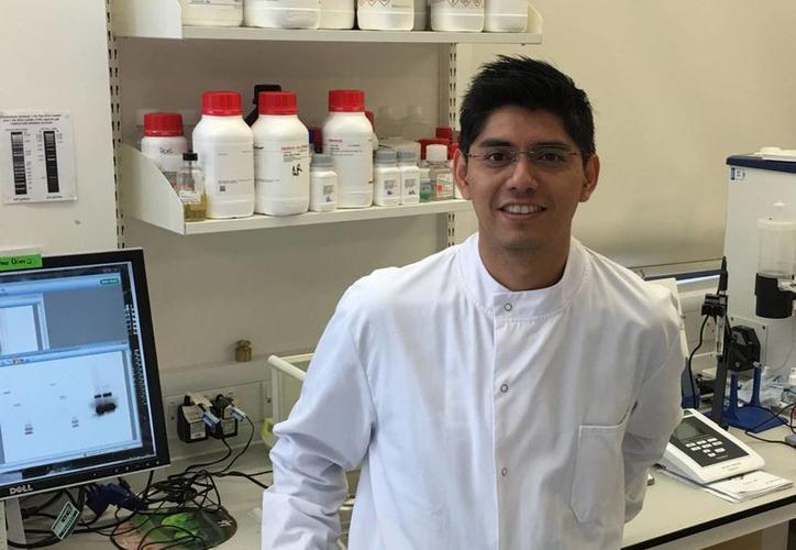 El joven Científico Mexicano descubrió una vacuna contra el zika y no es tan famoso, porque sus hermanos mexicanos casi no lo comparten