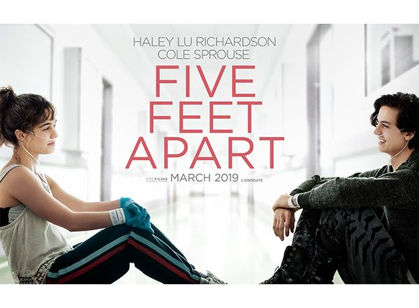 Review Five Feet Apart Inspires Viewers To Live Life To The Fullest Spreads Awareness For Cystic Fibrosis The Algonquin Harbinger