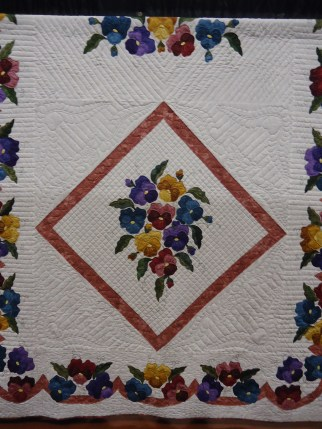 Pansy Quilt by Gerry Fischer