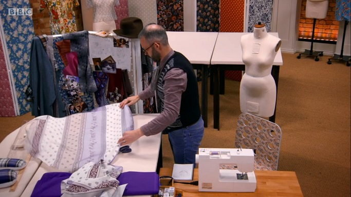 mark purple tablecloth
