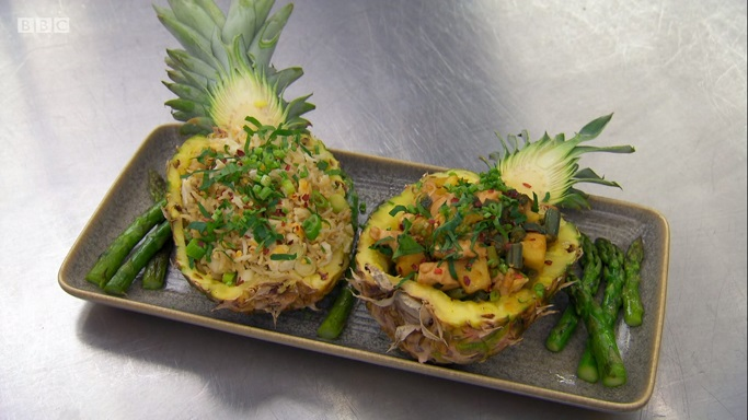 dom pinapple chicken and asparagus