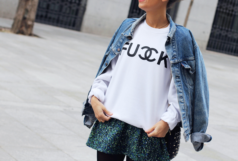 fuck_sweatshirt-denim_jacket-levis-floral_skirt_oliveclothing-outfit-street_style-24-1