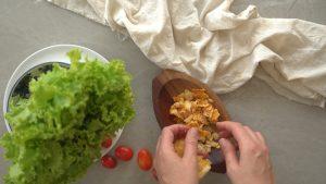 crispe de parmesao para salada