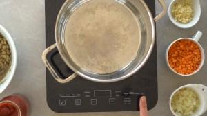 como fazer bolonhesa de lentilha - receita vegana