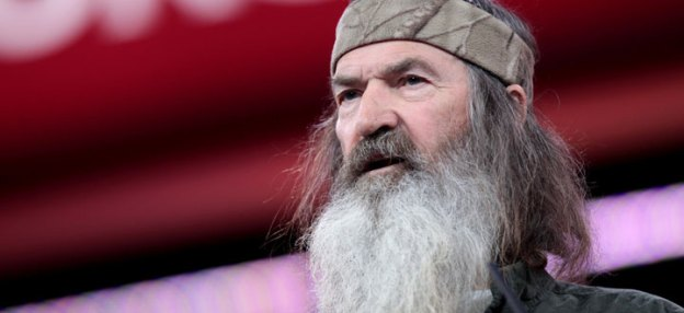 Ted Cruz Touts Support of Anti-Gay Bigot Phil Robertson