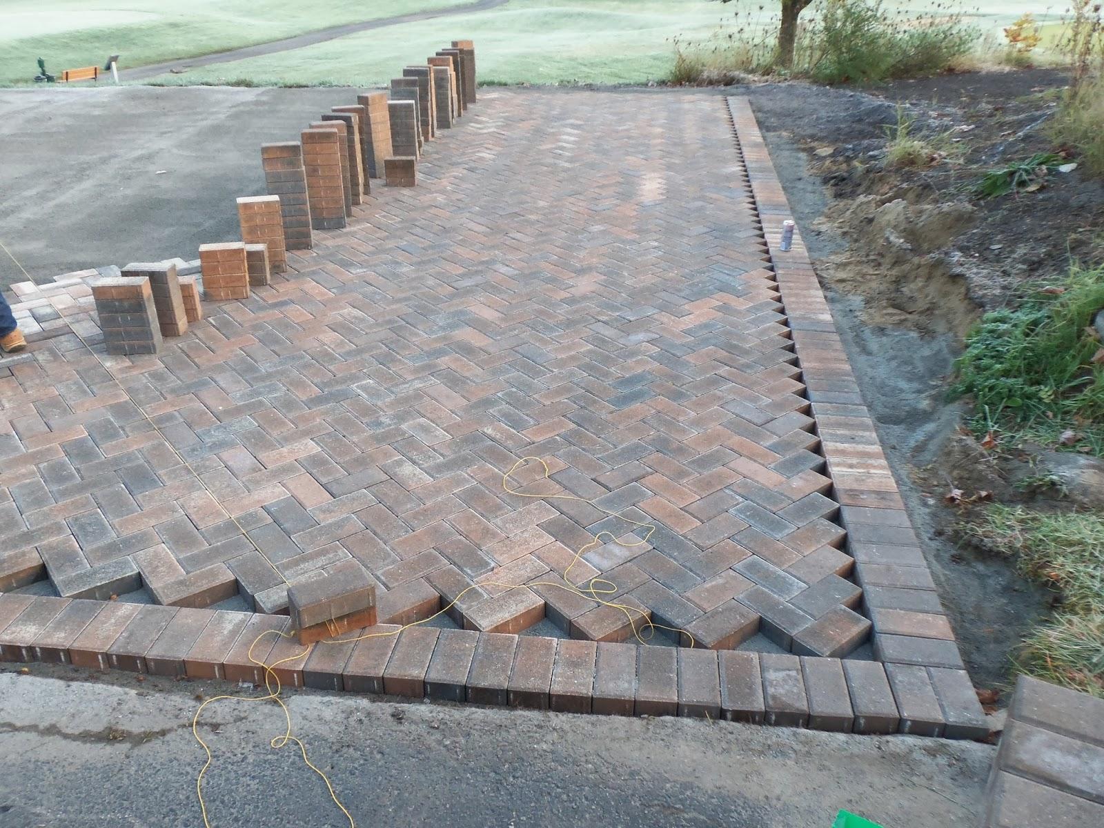 brick patio patterns herringbone  Design and Ideas