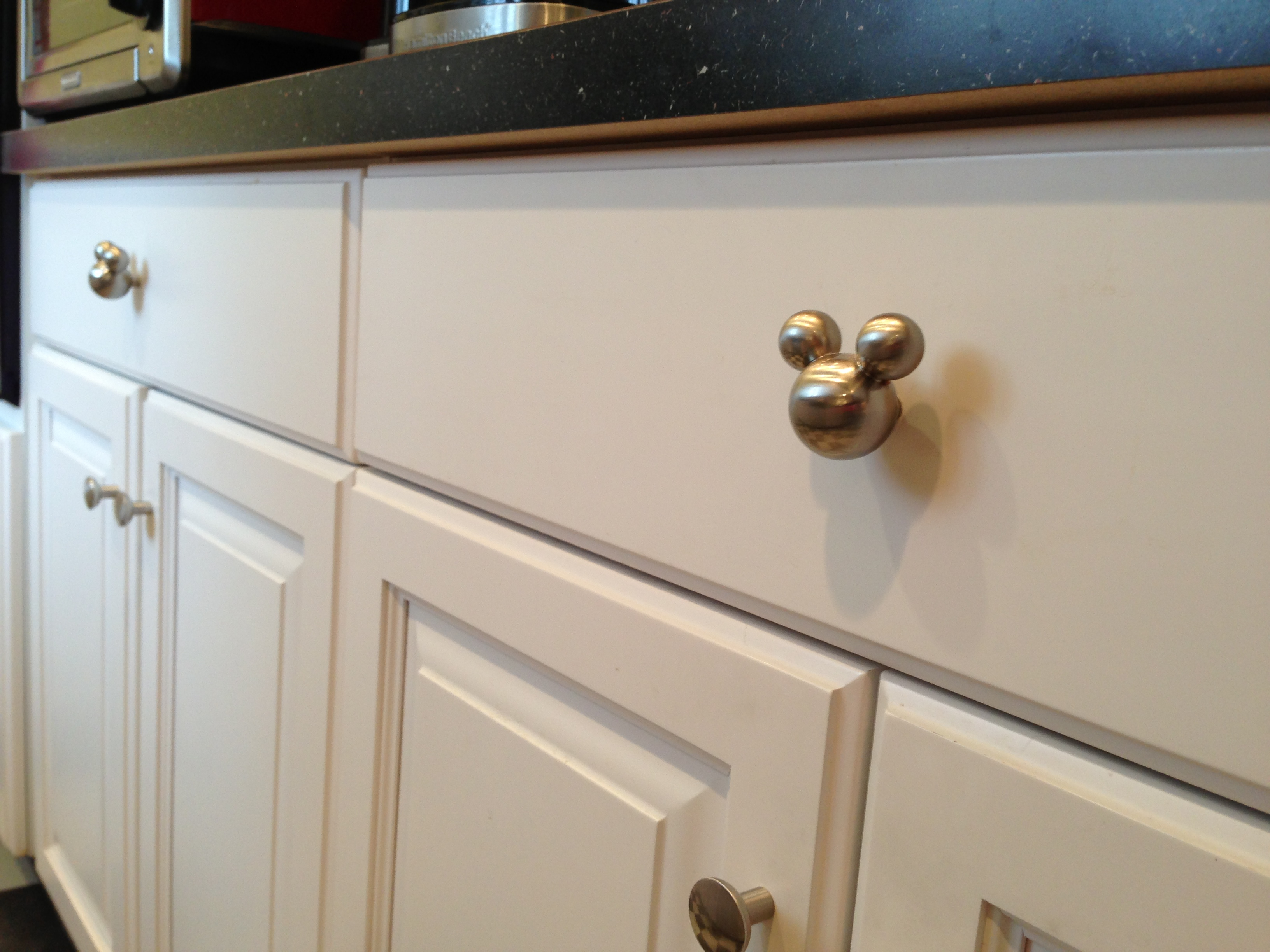 kitchen drawer handles outdoor and bar one hole pulls home ideas