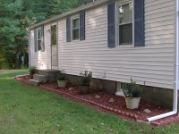 simple landscaping ideas front of house  Design and Ideas