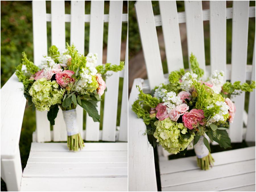 College Flowers wedding bouquet