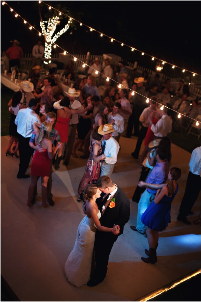 wedding barn dance reception, rustic and romantic wedding reception in a Texas barn