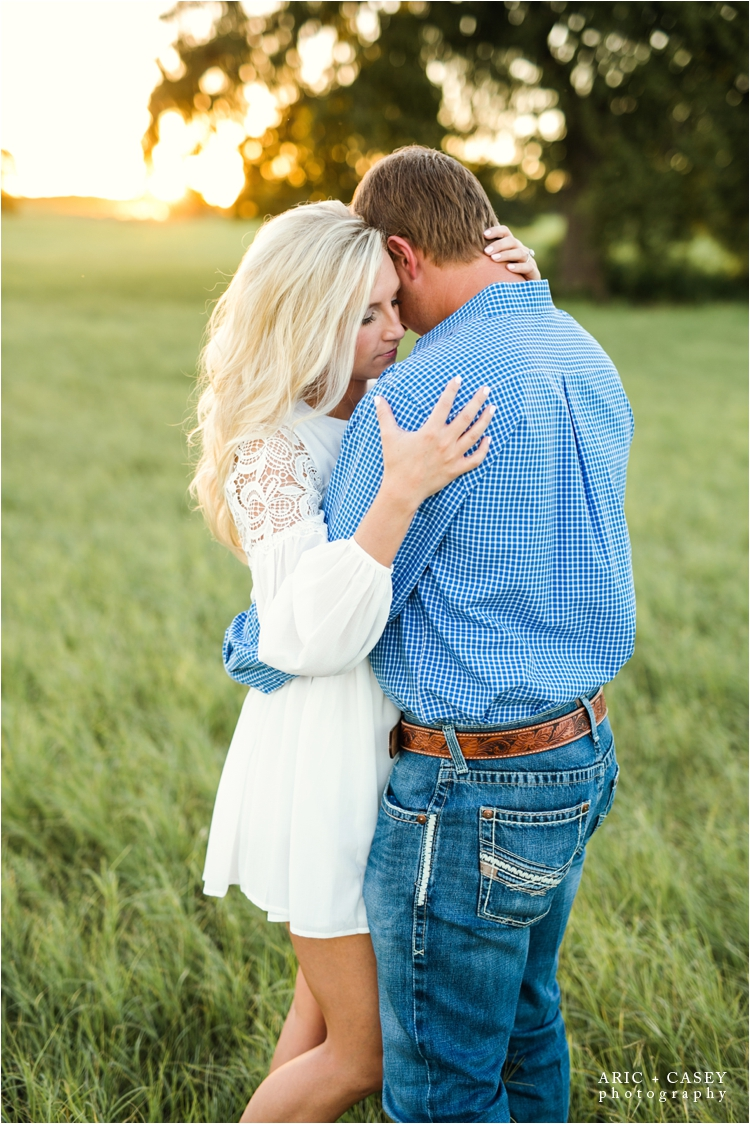 San Saba Engagement Session