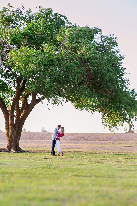 couple under tree mckenzie park