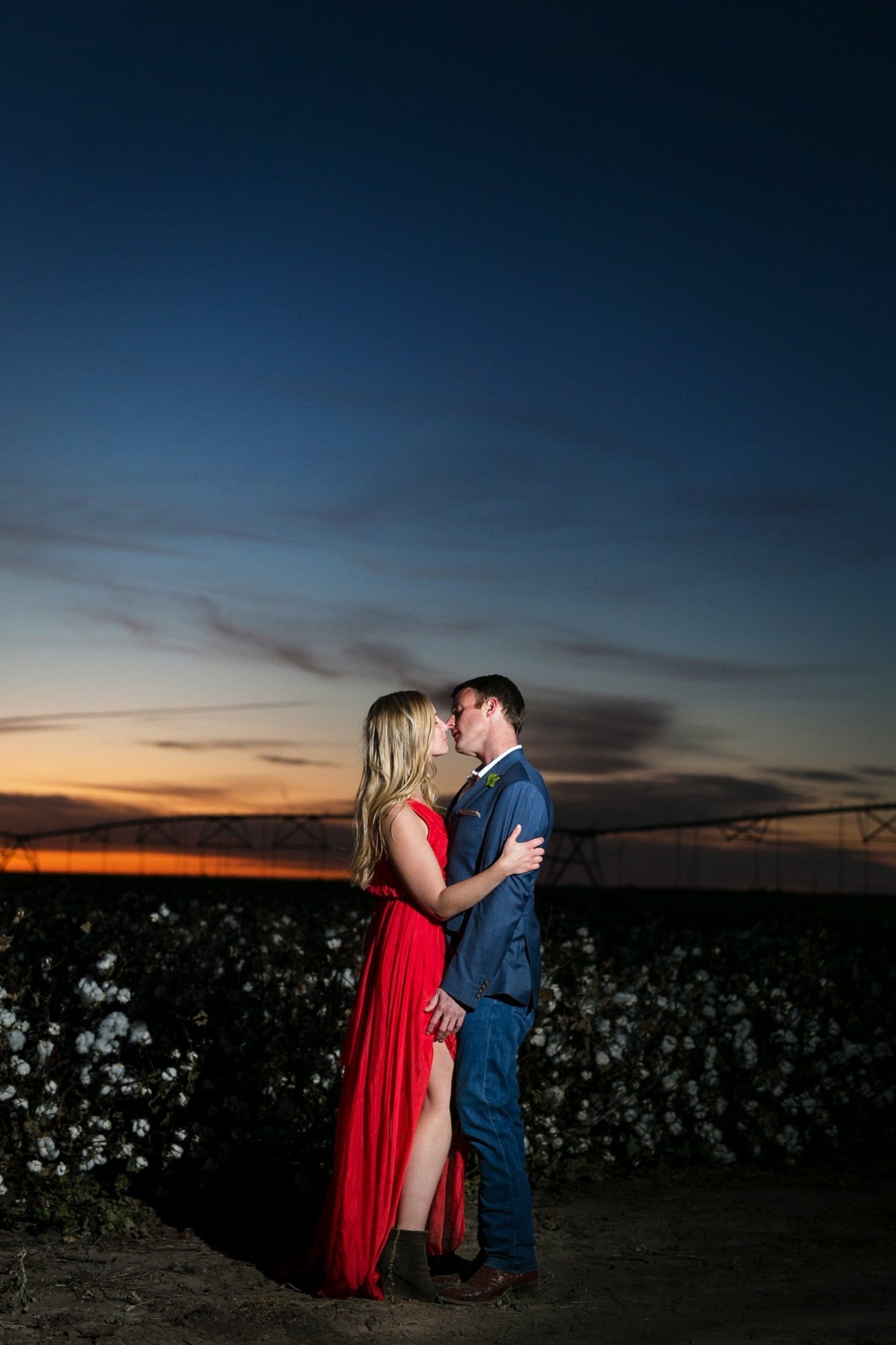 lubbock sunset engagement session