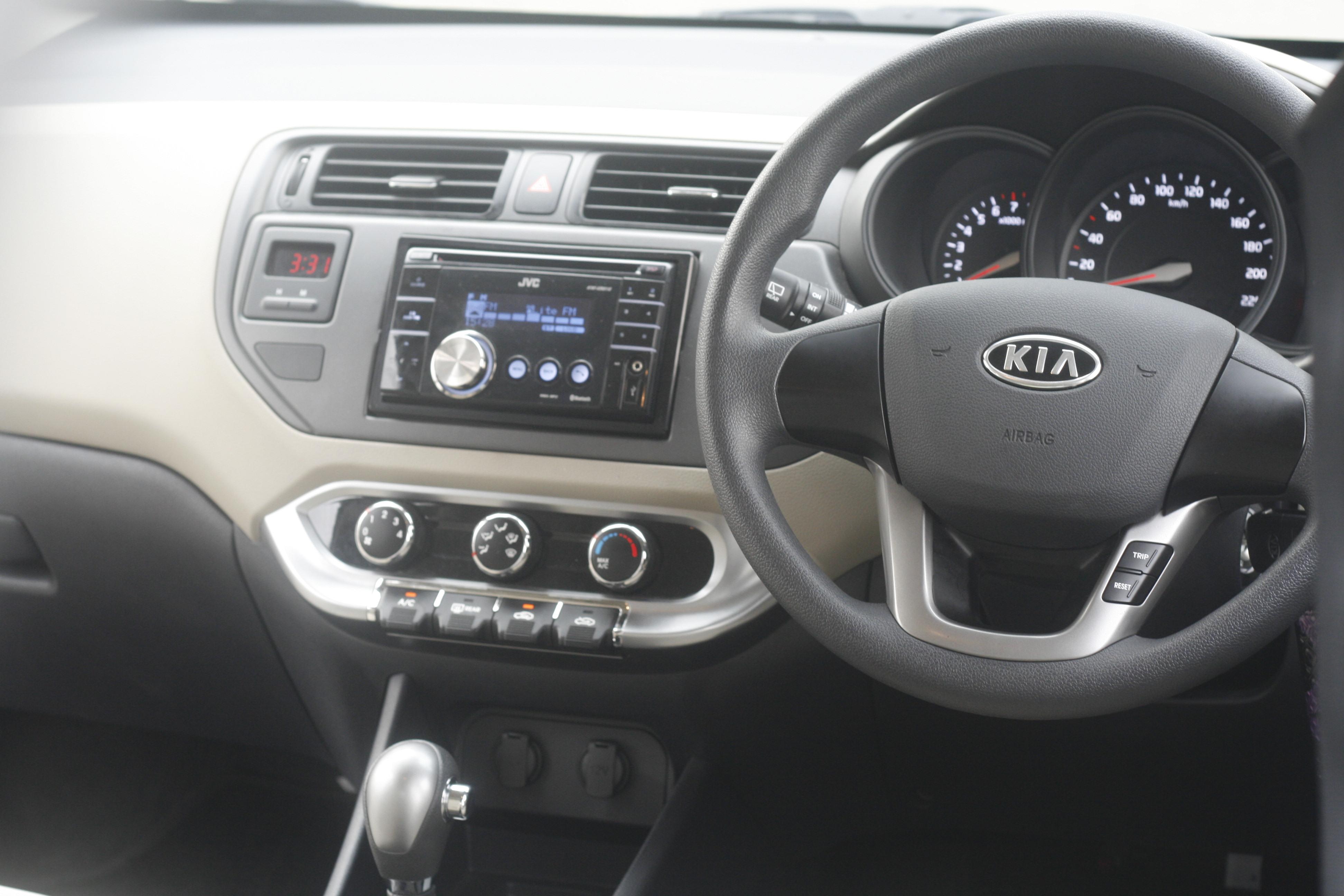 test drive grand new veloz velg yaris trd all kia rio 1 4 a t car build for the