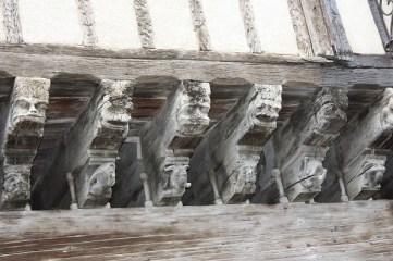 Wooden gargole beam ends S