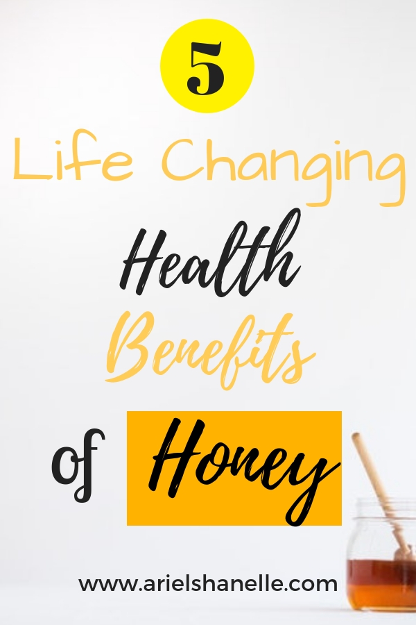 Health benefits of raw honey include plenty of antioxidants, prevention of colds and diseases, and so much more!