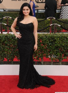 LOS ANGELES, CA - JANUARY 30: Actress Ariel Winter arrives at the 22nd Annual Screen Actors Guild Awards at The Shrine Auditorium on January 30, 2016 in Los Angeles, California. (Photo by Gregg DeGuire/WireImage)