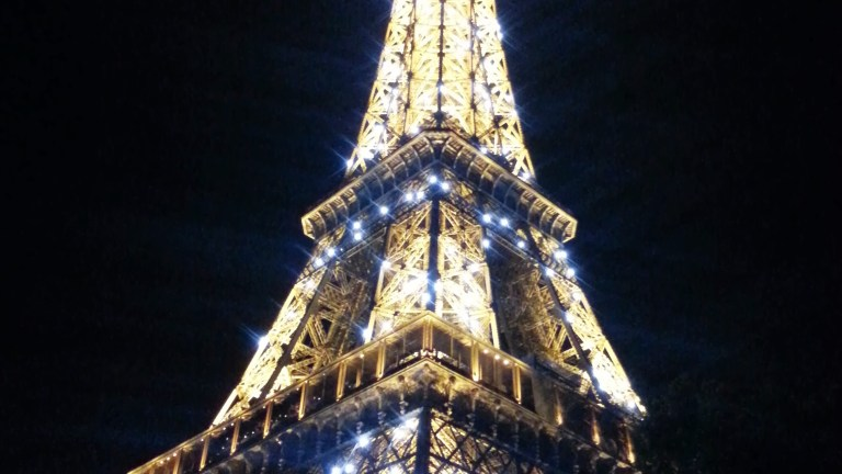 Parijs = Hawaii – Honolulu voor thuisblijvers