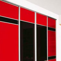 Aries Closet Door Red and Black CSD 37 (Acrylic and Mdf ...