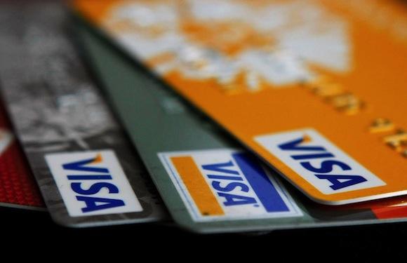 Bagaimana Mendapatkan Cashback Percuma Daripada Kad Kredit Anda
