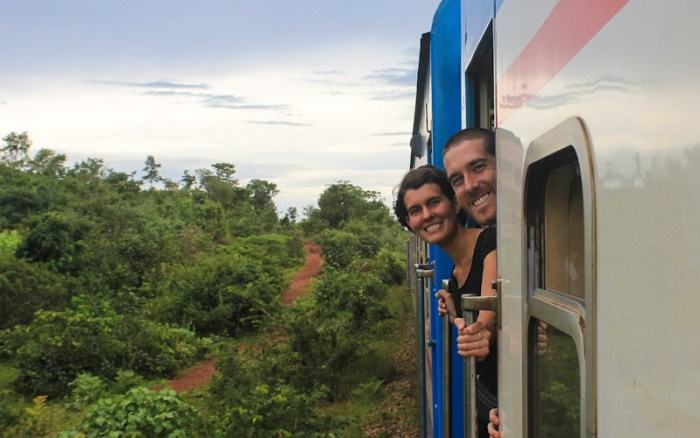 Anna and Roc of Anti-Viaje travel blog on TAZARA train.