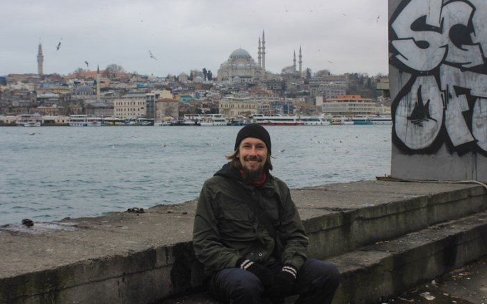 Sitting on Istanbul harbour. My homecoming tour through Europe.