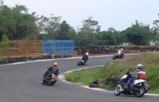 "Jakarta Max Owners ""Safety Riding Course"" (5)"