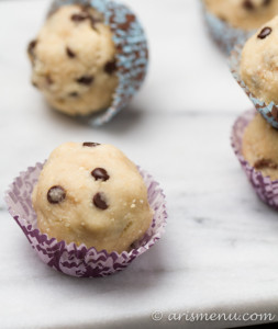 Coconut Cashew Chocolate Chip Cookie Dough Bites