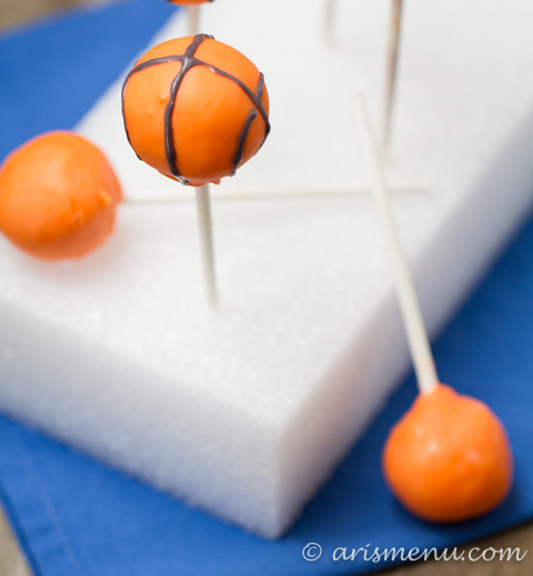 How to Make Cake Pops: Easily made vegan and/or gluten-free