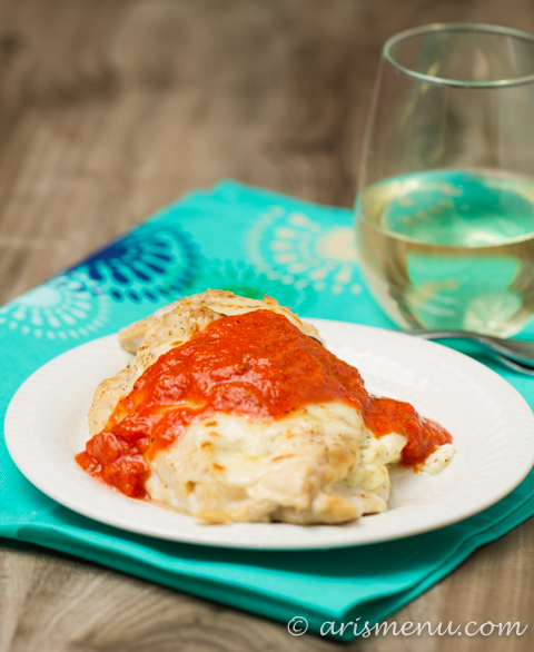 Lasagna Baked Chicken: Healthy, easy, delicious and low-carb baked chicken with all the flavor and comfort of classic lasagna!