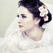 winter wedding hair & makeup ideas