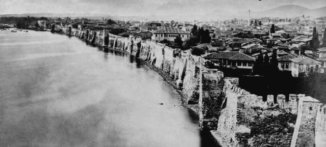 Τα τείχη της Θεσσαλονίκης