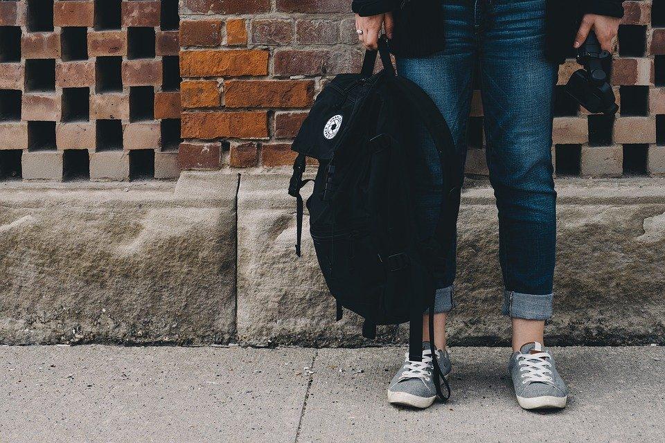7 Little Hand Luggage Essentials