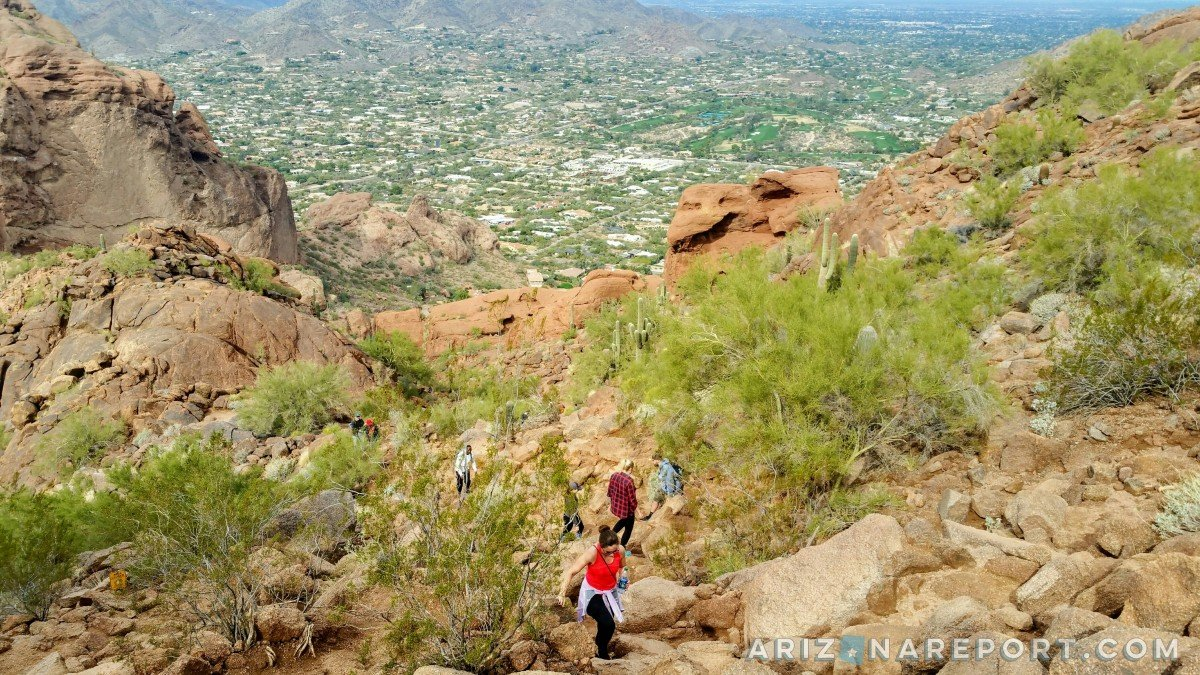 It is located right in phoenix and a great morning (or afternoon) hik. 365 Phoenix Hikes 5 Camelback Mountain On The Echo Canyon Trail The Arizona Report